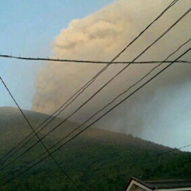 vulcano-Gamalama-indonesia7