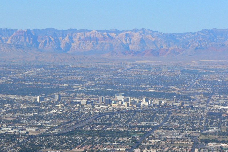 Las_Vegas_from_Frenchman_3
