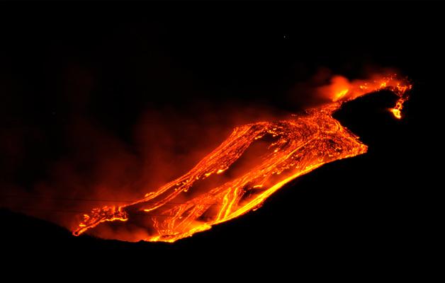 vulcano-arenal-foto-hot
