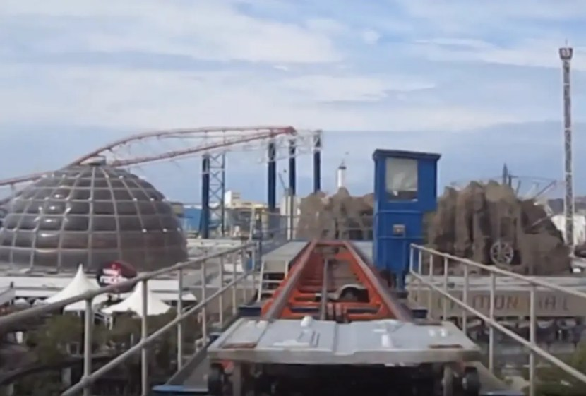 Electric Motor and Spring Tension Launch - Revolution Blackpool Pleasure Beach