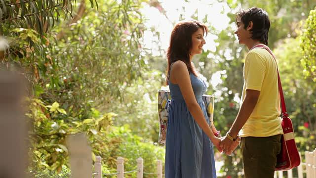love story,love story in hindi,romantic love story,ek chhoti si love story