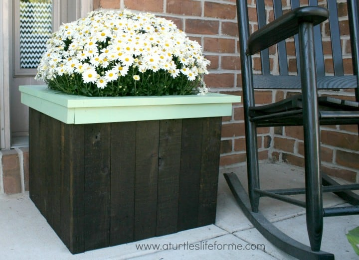 Flower Planter Box from Pallets by A Turtle's Life for Me