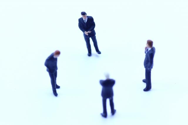 後輩に仕事を抜かれても悔しがる必要は無い3つの理由を語る!