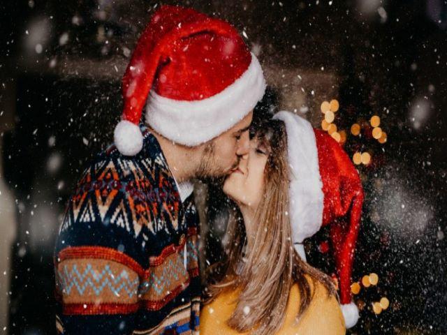 L'attesa della nascita di … Buon Natale Amore Mio 145 Frasi E Immagini Per Auguri Romantici A Tutto Donna