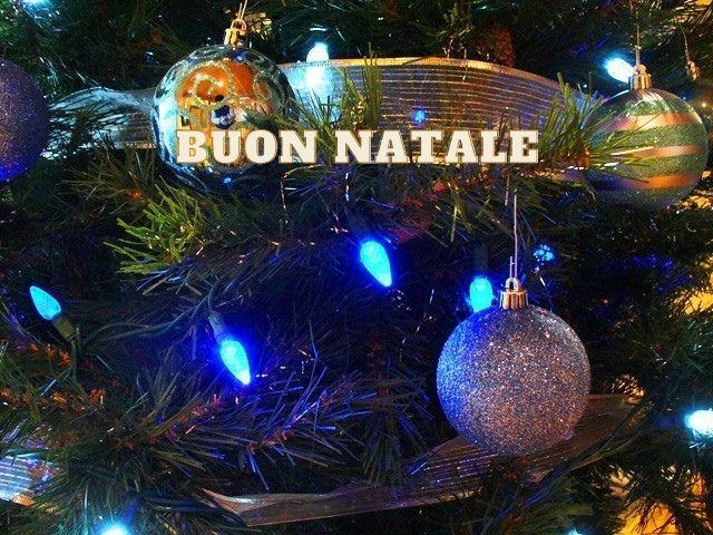 Your buon natale stock images are ready. Immagini Di Natale 300 Idee Per Fare Gli Auguri Di Natale A Tutto Donna