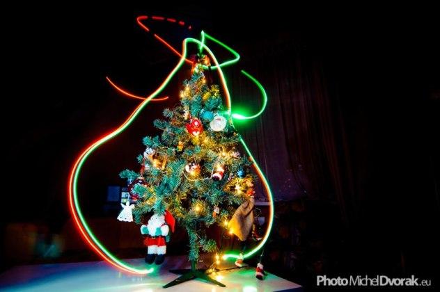 Sapin de Noël lightpainting / © Du Monde au Tournant