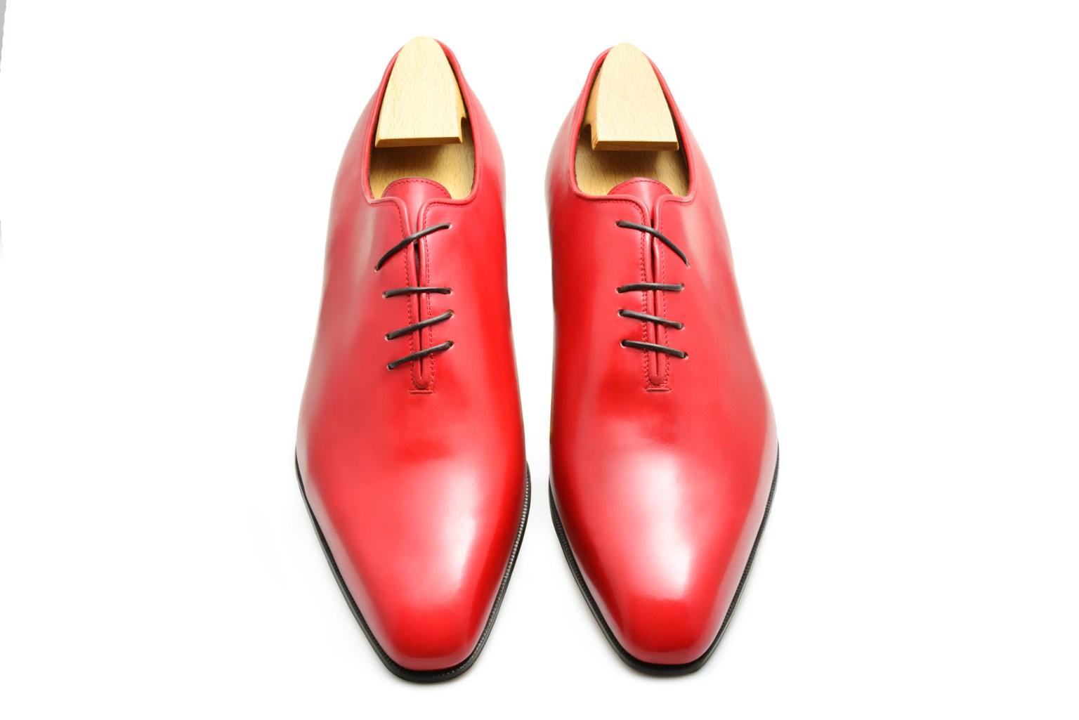 Le richelieu Oxford one-cut Crazy-Lace en cuir rouge