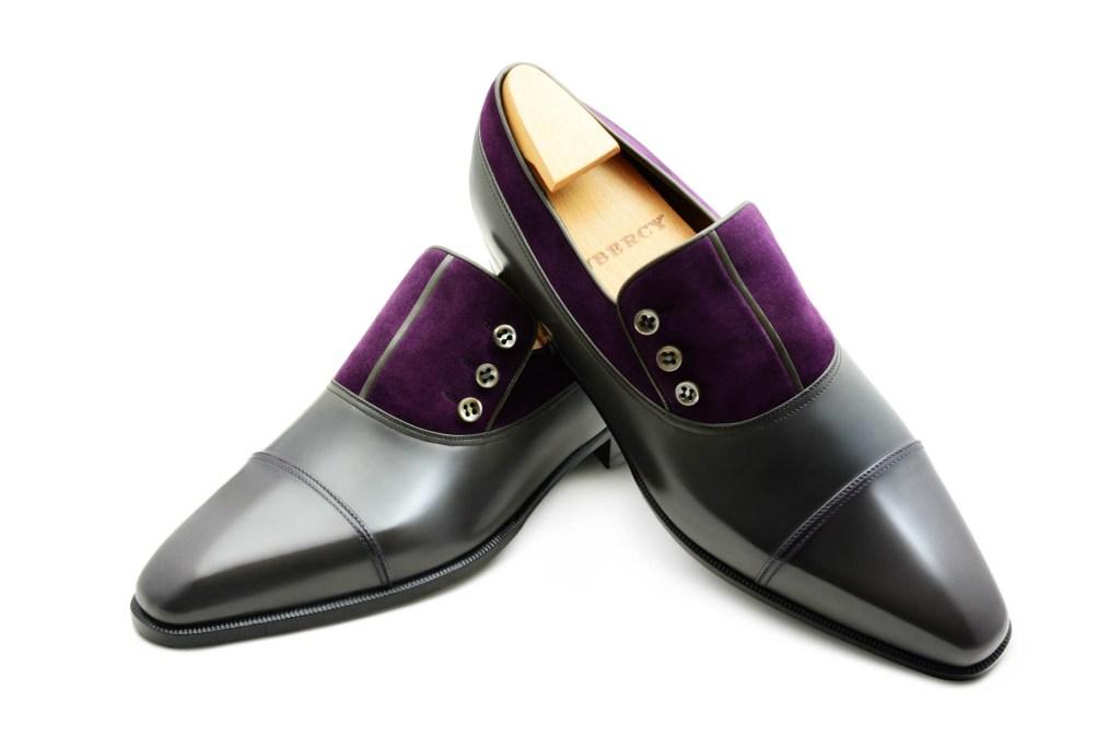 Le mocassin loafer à boutons Malone en bi matière marron gris et daim violet
