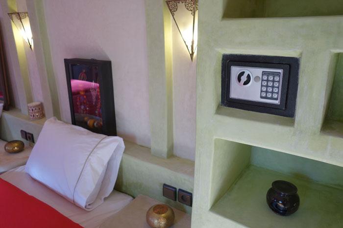 Bedroom room at Desert Hotel Auberge Cafe du Sud