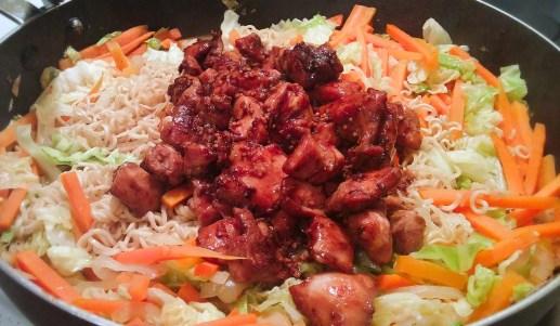 Chow mein au poulet dans un seul chaudron - Auboutdelalangue.com (10)