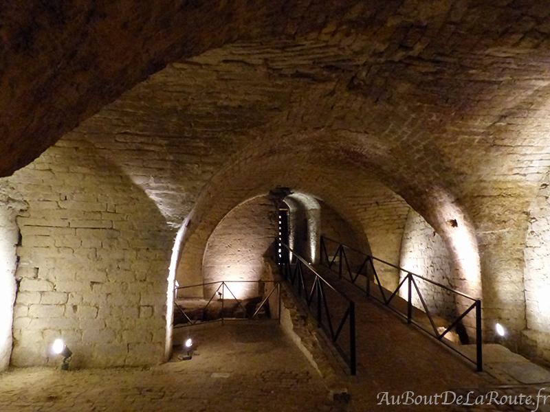 Caves corps de logis