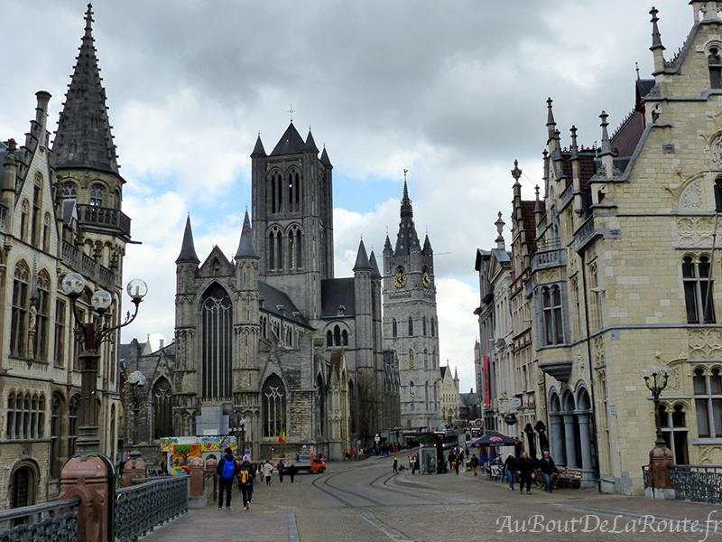St Nicolas & le beffroi depuis le pont St Michel