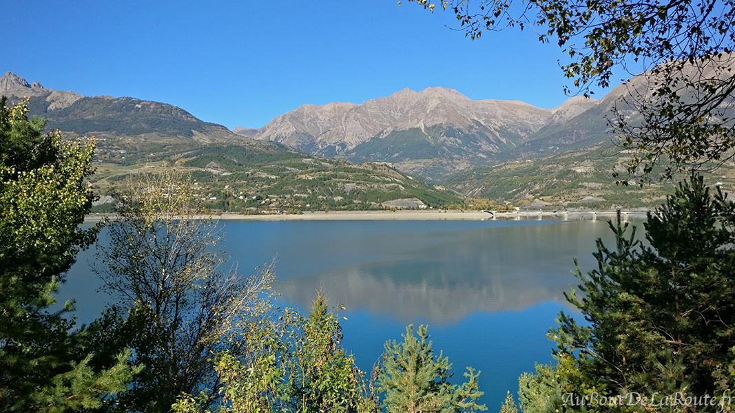 Lac de Serre Poncon depuis D954