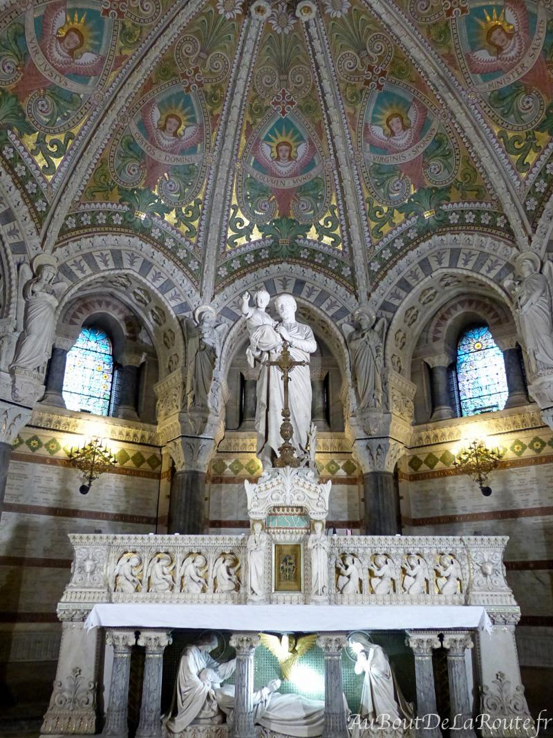 St Joseph crypte