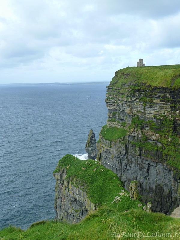 Cliffs oh Moher vue sur O Brien Tower