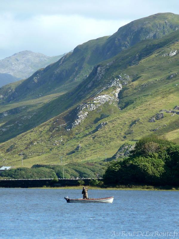 Pecheurs sur le lac Pollacappul