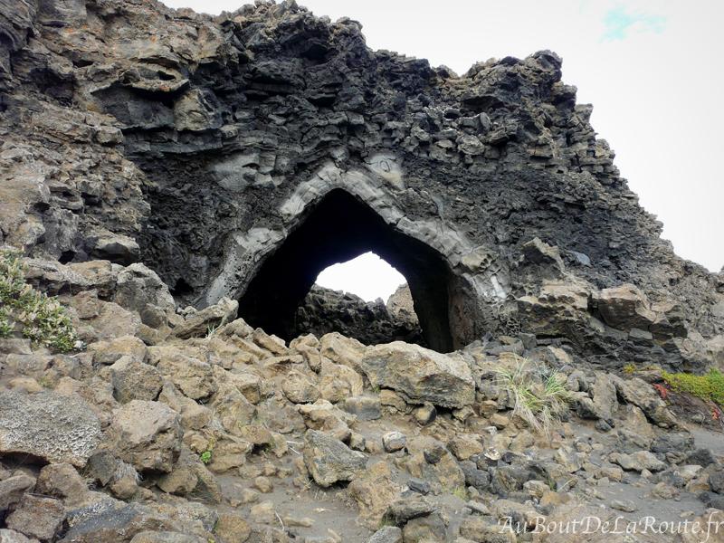 L eglise de Dimmuborgir