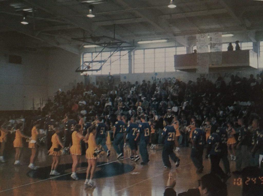 Pep rally, 1999