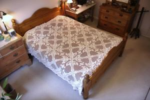 Kingsize Hand Made Crotchet Bed Spread