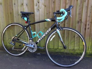Lot 79 - Specialized Dolce Ladies Bike (2014), 54cm frame, 24 speed, Black and Teal - Sold for £255