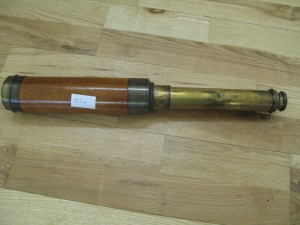 Lot 82a - Victorian Brass 3 Drawer Telescope - Sold for £40