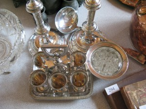 Lot 289 - Collection of silver plate - Sold for £85