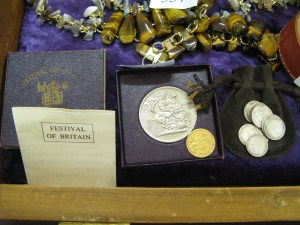Coin collection including half sovereign and Festival of Britain commemoration coin