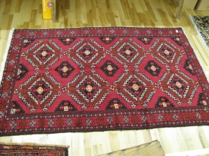 Lot 73 - Hand made Persian Rug 190 x 122cm - Sold for £68