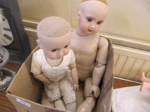 Lot 68 - Large Kammer & Reinhardt china dolls - Sold for £68