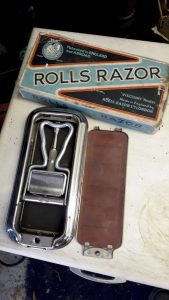 Various razors and branded boxes