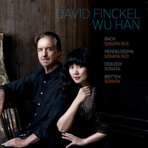 David Finckel, Wu Han:  Cello/Piano works by BACH; DEBUSSY; MENDELSSOHN; BRITTEN – Artistled