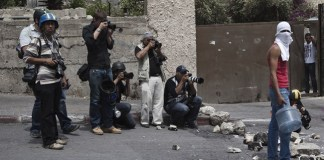 "Foto aus Ruben Salvadoris Videobericht ""Photojournalism Behind the Scenes"""