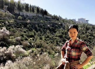 Die Autorin in Jerusalem. Foto Shirley Burdick