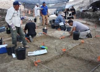 Ausgrabungsarbeiten in Jaljulija. Fotos: Samuel Magal, mit freundlicher Genehmigung der Israel Antiquities Authority
