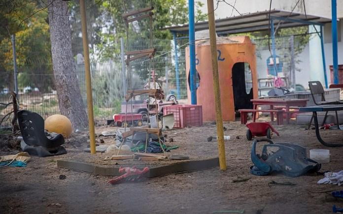 Der Ort, an dem eine Mörsergranate aus Gaza am 29. Mai 2018 einen Kindergarten im Süden Israels traf. Foto Yonatan Sindel/Flash90