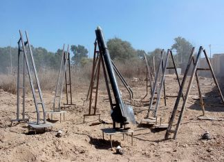 Kassam-Raketen-Abschussvorrichtungen in Gaza. Foto Israel Defense Forces, CC BY-SA 2.0, https://commons.wikimedia.org/w/index.php?curid=34370938