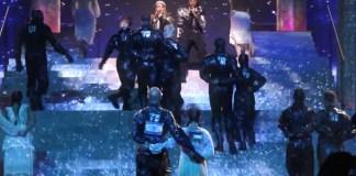 """Madonna und Quavo singen """"Future"""" beim Eurovision Song Contest. Foto YouTube Screenshot"""