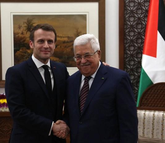 Der französische Präsident Emmanuel Macron und der Präsident der Palästinensischen Autonomiebehörde Mahmoud Abbas trafen sich am 22. Januar 2020 im Hauptquartier des Präsidenten der PA in Ramallah. Foto Wafa
