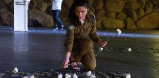 """Zeremonie in der """"Ohel Yizkor"""" (Halle des Gedenkens) in Yad Vashem, anlässlich des Holocaust-Gedenktages der Märtyrer und Helden des Holocaust (Yom Haschua) am 2. Mai 2019. Foto Esty Dziubov/TPS"""
