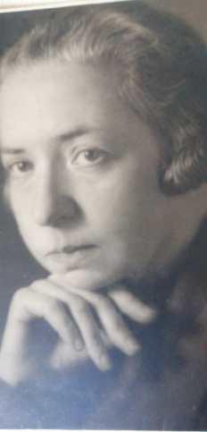 Ida L. als junge Frau. Foto zVg