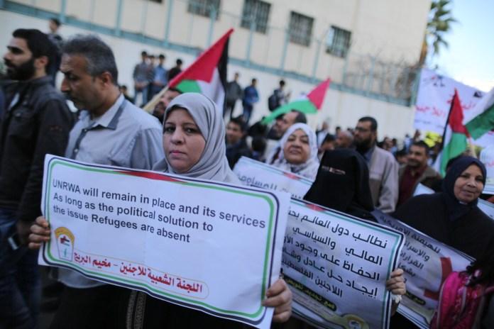 Bewohner des Gazastreifens während einer Kundgebung in Gaza-Stadt. Foto Majdi Fathi/TPS