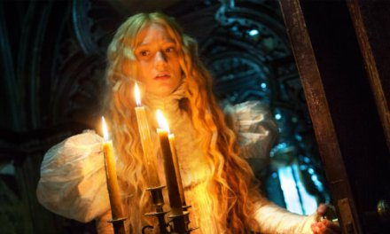 Crimson Peak Turns the Grotesque Into the Beautiful