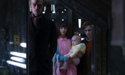 Oh No, Run Away! Trailer Released for A Series of Unfortunate Events