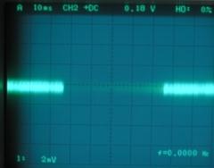 無信号時の出力信号波形(アース無し)