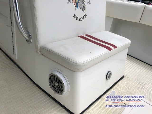 Apache Center Console Fishing Boat Sound System Window