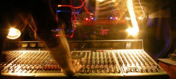 mixando ao vivo