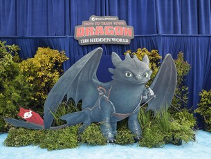 Raimundo Hollywood se transforma en rey de los dragones