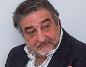 Cesar Benitez Plano a Plano