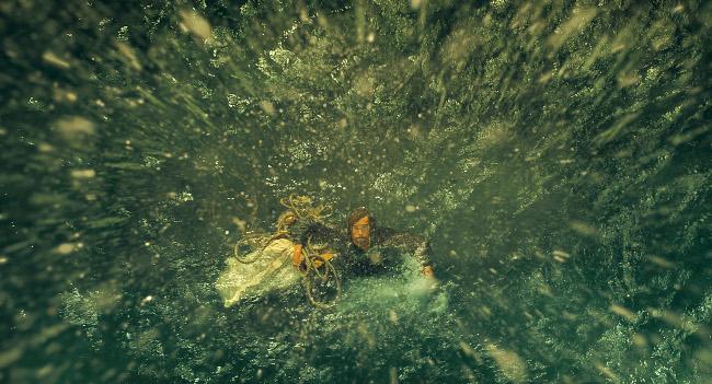 En el corazon del mar AHOGAMIENTO