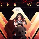 Raimundo Hollywood, hecho una Wonder Woman